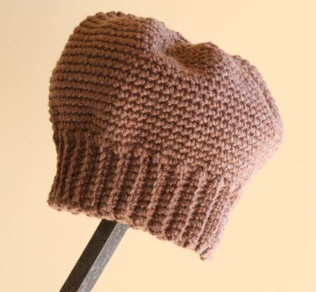 A basic beanie - free crochet pattern