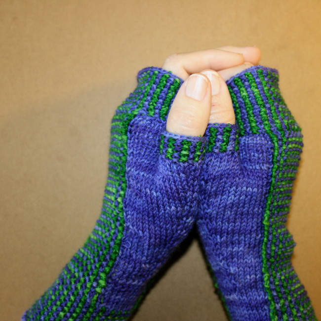 Intarsia Knitting Patterns : Not Intarsia are knitted fingerless gloves that only look hard