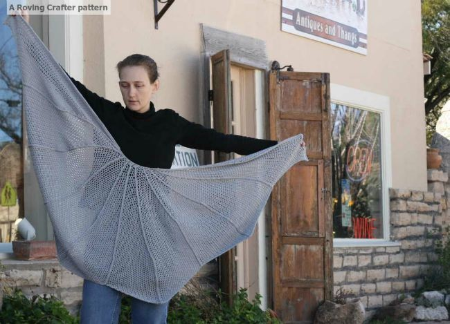 Bat Wing Shawl - free crochet pattern
