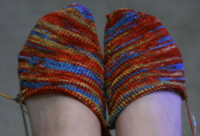 Knitting the Skew socks