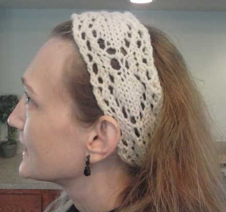 Arrowhead Lace headband - a free pattern