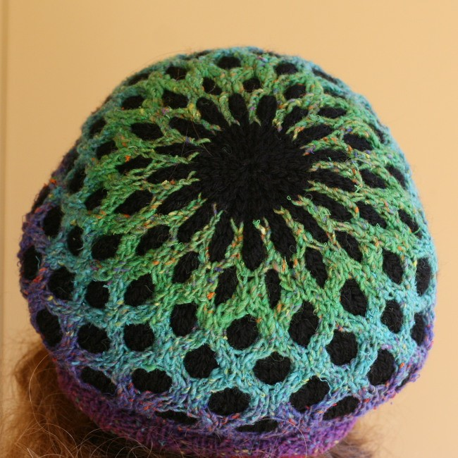 Meshed - a knit hat pattern